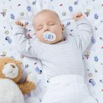 Juegos de sábana para la cuna de tu bebé. Tenemos lencería para cuna en modelos infantiles marca Landi Baby